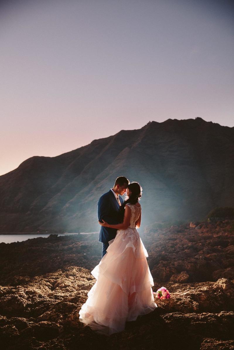 Destination wedding hawaii archives wedding photographers gold intimate hawaii wedding photography junglespirit Image collections