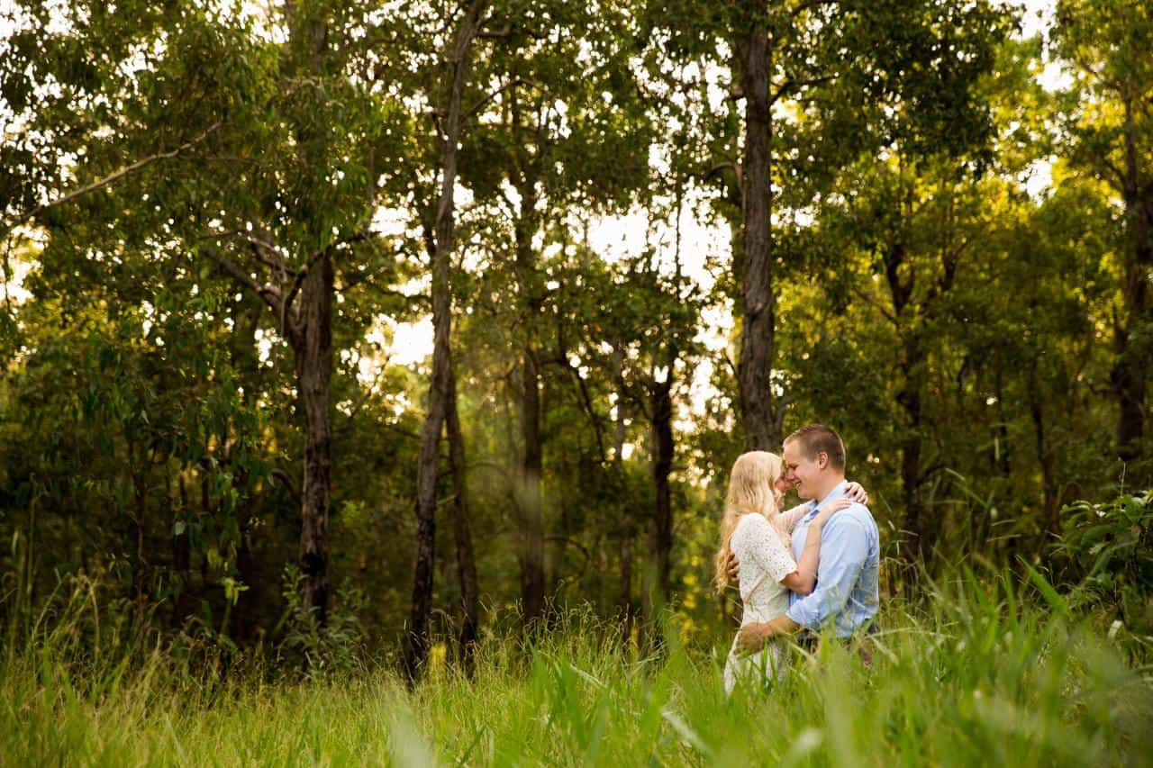Walkabout Creek Brisbane Engagement photography www.benandhopeweddings.com.au