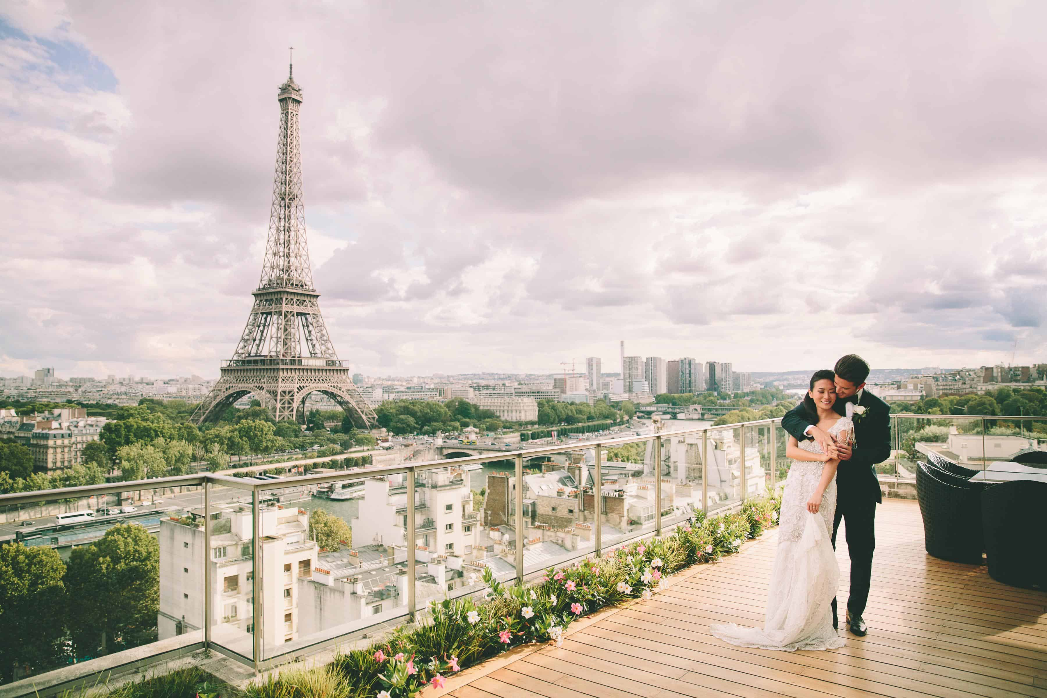 Shangri la Paris wedding photographer www.benandhopeweddings.com.au