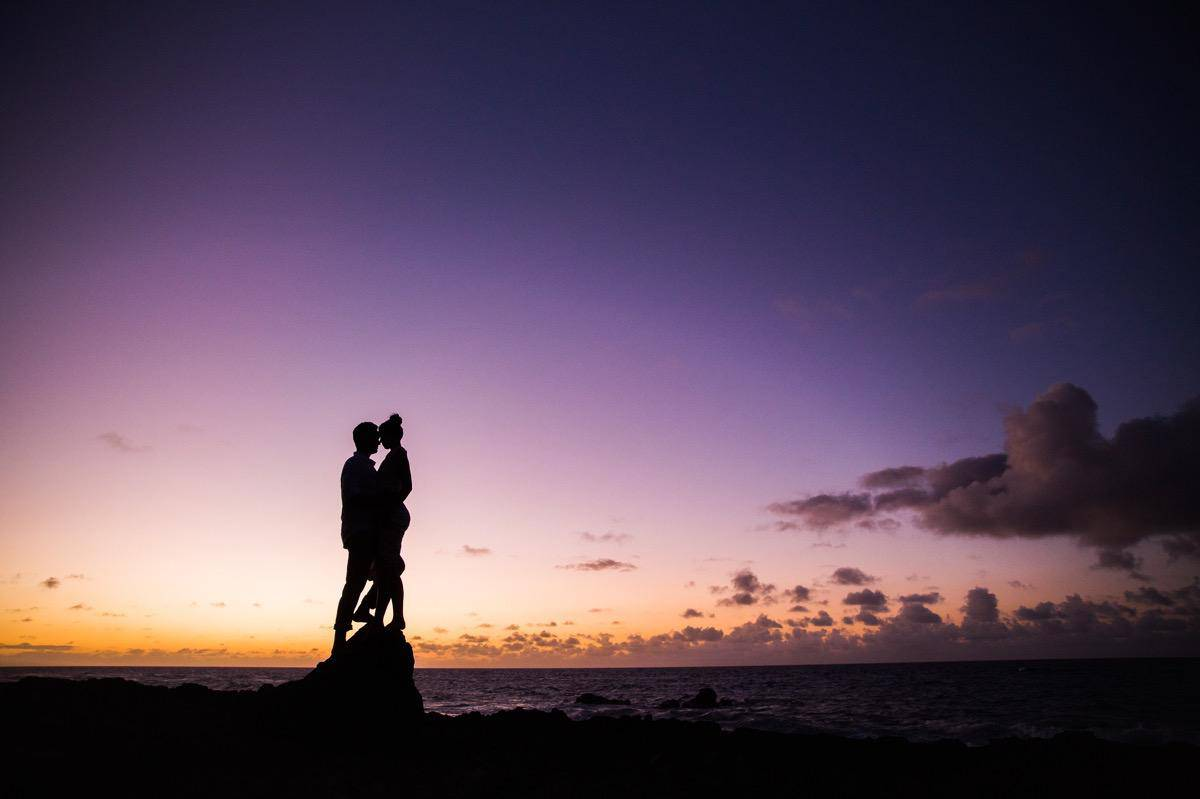 Oahu Hawaii beach engagement session www.benandhopeweddings.com.au 11